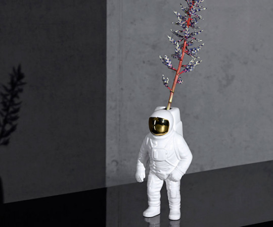 Seletti x Diesel Cosmic Dinner - Star Man Vase