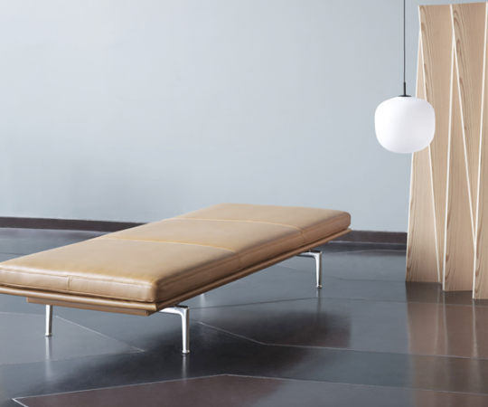 Muuto - Outline Daybed - Cognac Refine Leather - Alu. Base