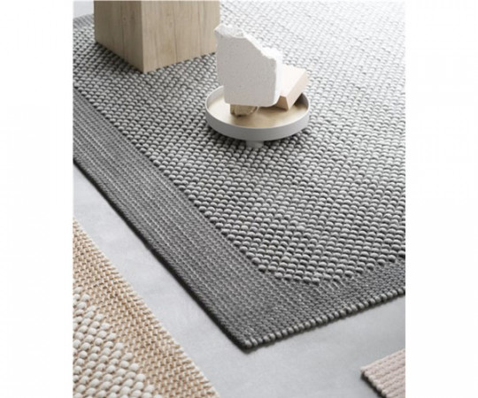 Muuto Pebble Rug - Dark Grey - 170x240cm.