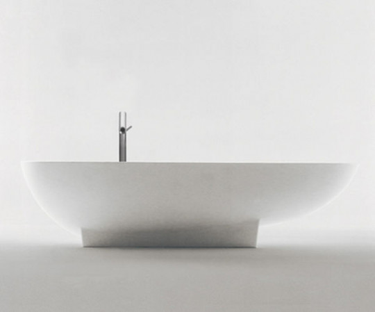 Agape Design Spoon Bathtub