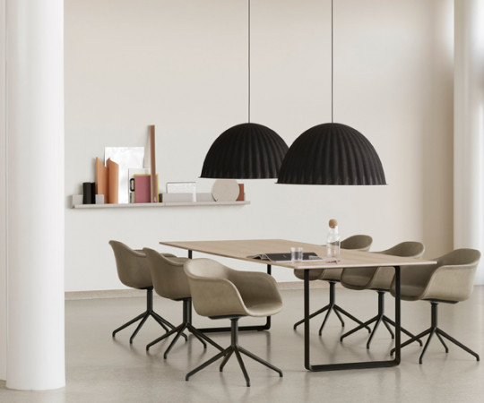 Muuto Under The Bell - Sort