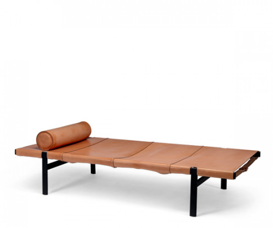 bent hansen tension daybed